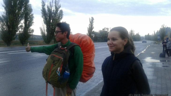 海外でヒッチハイクはこうやってやる!ヒッチハイク旅をする方法とコツ