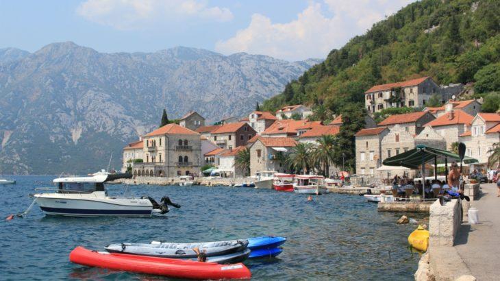 アドリア海と山と美しい街並み モンテネグロを旅しよう