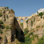 スペインの旅 コスタ・デル・ソルの花の町エステポナ、絶景と歴史の町ロンダ