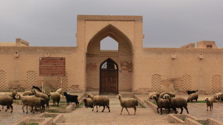 イランの旅 アフワズ→シュシュタル→ペルシャ湾沿いに南東へ