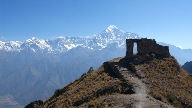 [ペルー] オリャンタイタンボ観光、太陽の門とプママルカ遺跡へのトレッキング