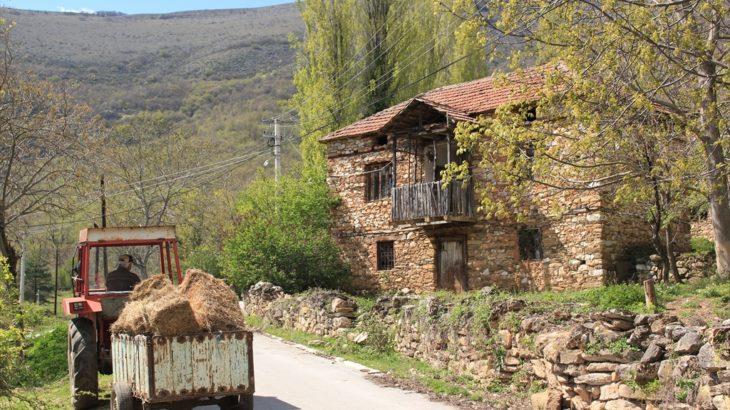 [北マケドニア] ホスピタリティあふれる北マケドニアの旅 田舎の村へ、中世の修道院へ