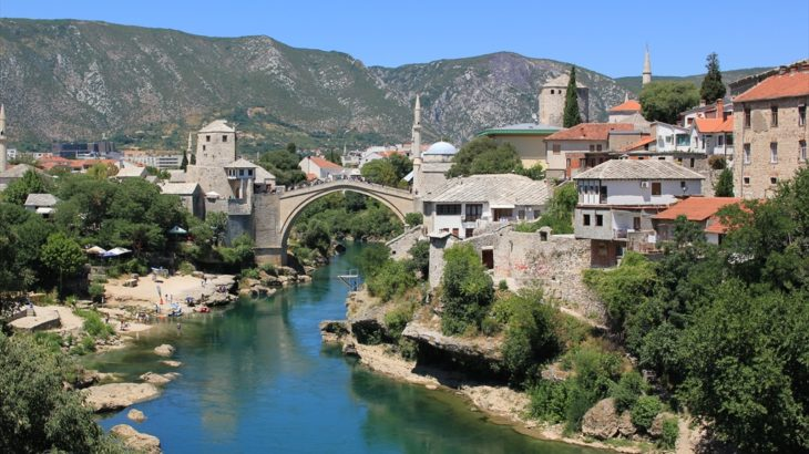 [ボスニア・ヘルツェゴヴィナ] オスマン帝国の世界への誘い 世界遺産の街モスタル
