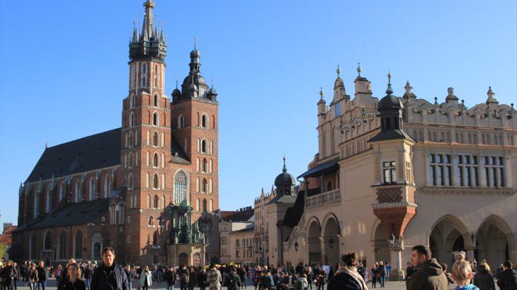 [ポーランド] 美しい旧市街が残る街クラクフを歩く