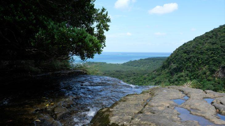 [日本] 西表島を満喫 美しい滝の数々に、マングローブとビーチまで